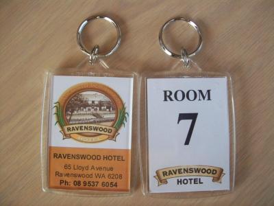 Ravenswood Hotel tag.JPG